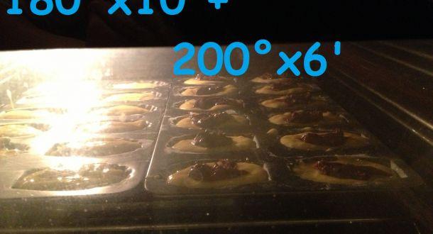 preparazione delle madeleine ripiene alla Nutella step 5