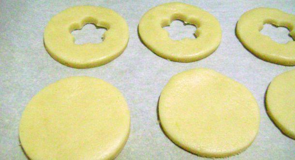 preparazione occhi di bue alla marmellata step 4