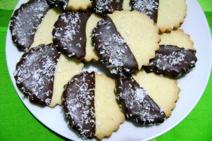 biscotti decorati cioccolato e cocco