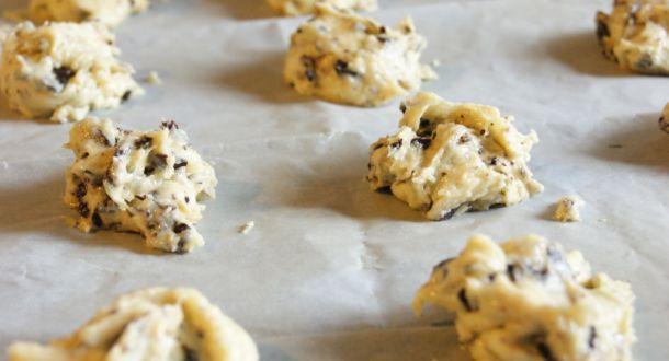 impasto dei cookies al cioccolato senza glutine