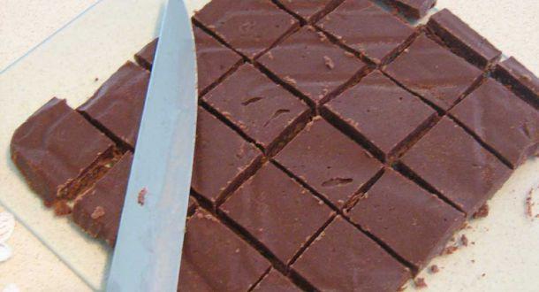 teglia di cioccolato tagliata