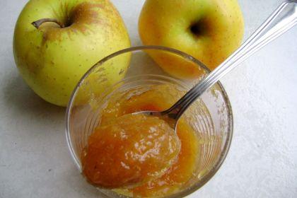 Confettura di mele alla cannella
