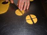 tagliamo i biscotti in altre forme