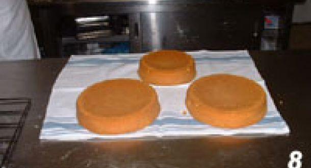 Pan di spagna, ricetta del Maestro Garbini