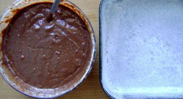 impasto dei brownies da mettere nella teglia forno