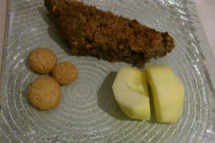 torta di mele e uvetta al grano saraceno