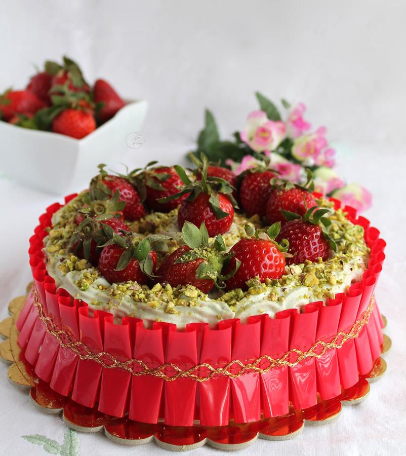 torta_fragole_e_pistacchio3.jpg